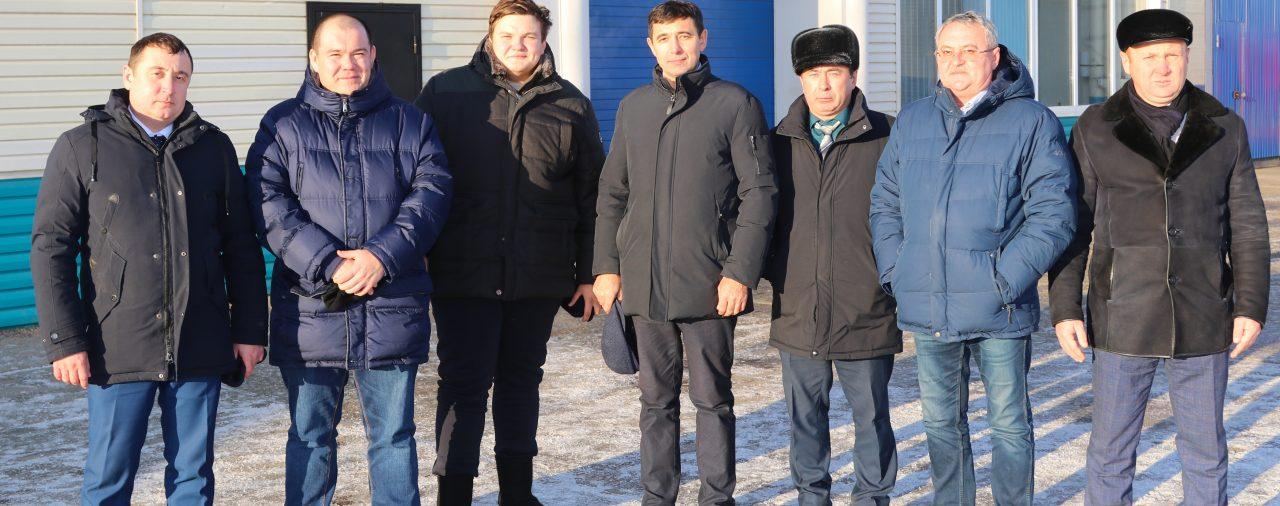 Завод посетила делегация из КГАУ