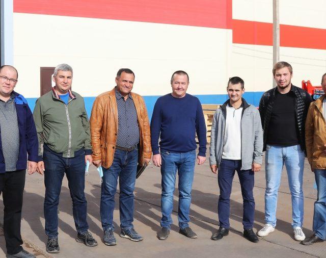 Компанию посетили фермеры